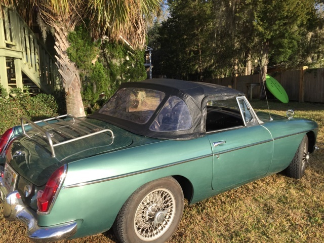 Picture of 1967 MG MGB