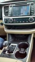 Picture of 2014 Toyota Highlander XLE V6, interior