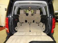 Picture of 2008 Land Rover LR3 SE, interior