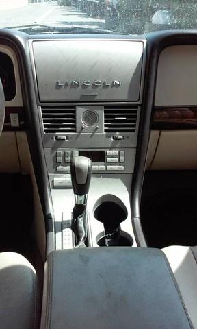 Picture of 2003 Lincoln Aviator Luxury, interior