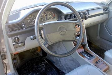 Picture of 1987 Mercedes-Benz 300-Class 300E Sedan, interior