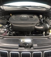Picture of 2016 Jeep Grand Cherokee Limited 4WD, engine