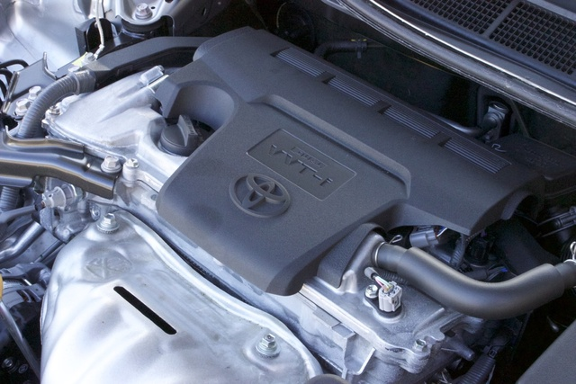 Engine of the 2017 Toyota Camry., engine, gallery_worthy