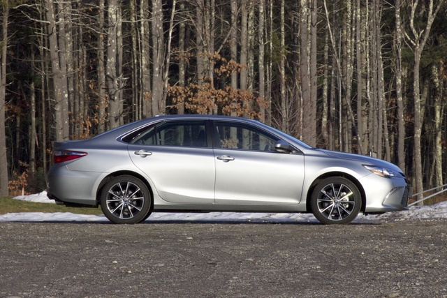 Exterior of the 2017 Toyota Camry XSE., exterior, gallery_worthy
