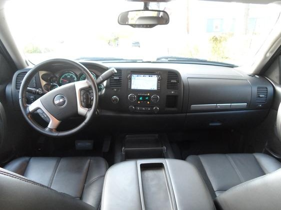 Picture of 2010 GMC Sierra 1500 Hybrid 4WD, interior, gallery_worthy