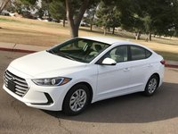 Picture of 2017 Hyundai Elantra SE Sedan FWD, exterior, gallery_worthy