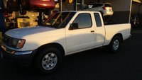 Picture of 2000 Nissan Frontier 2 Dr XE Standard Cab SB