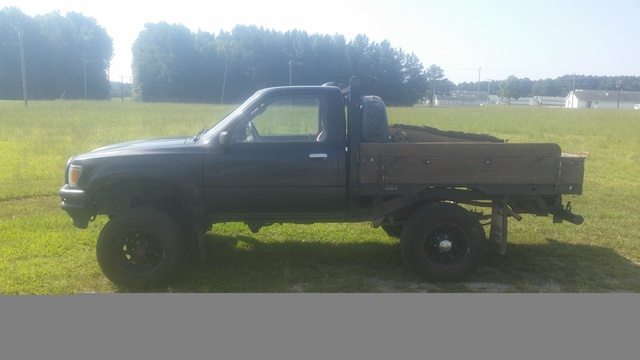 Picture of 1995 Toyota Pickup 2 Dr DX 4WD Standard Cab SB