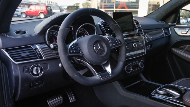 2017 mercedes benz gle class pictures cargurus for Mercedes benz gle 300d review