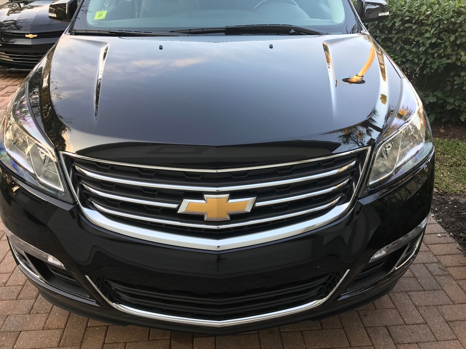 Picture of 2017 Chevrolet Traverse 2LT