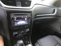 Picture of 2017 Chevrolet Traverse 2LT, interior