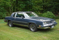 1984 Oldsmobile Cutlass Supreme, 1984 Olds Cutlass Supreme, exterior