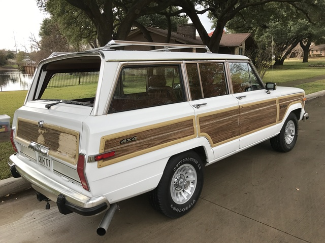Picture of 1990 Jeep Grand Wagoneer 4 Dr STD 4WD SUV