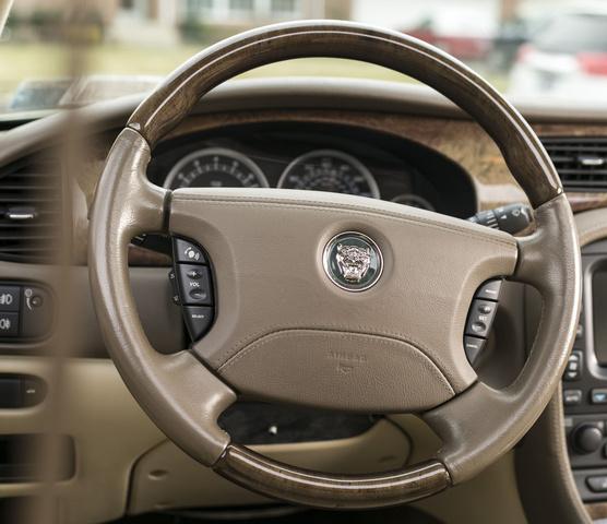2003 Jaguar X Type Interior: 2006 Jaguar S-TYPE