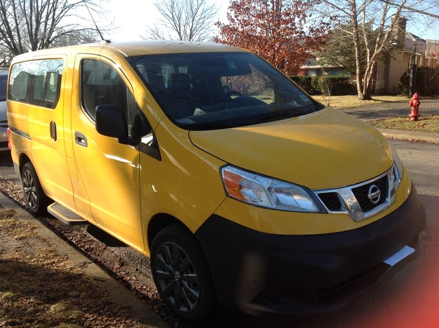 2014 nissan nv200 pictures cargurus. Black Bedroom Furniture Sets. Home Design Ideas