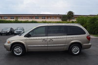 Picture of 2002 Chrysler Town & Country Limited, gallery_worthy