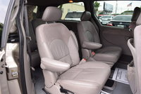 Picture of 2002 Chrysler Town & Country Limited