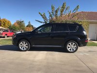 Picture of 2013 Mitsubishi Outlander SE AWD, exterior, gallery_worthy