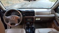 Picture of 2002 Isuzu Rodeo LSE 4WD, interior
