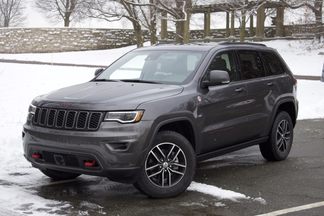 2017 Jeep Grand Cherokee, Jeep Grand Cherokee front 3/4, exterior, gallery_worthy