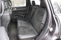 2017 Jeep Grand Cherokee, Jeep Grand Cherokee rear seats, interior