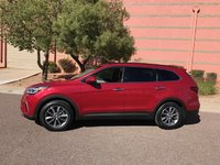 Picture of 2017 Hyundai Santa Fe SE, exterior, gallery_worthy