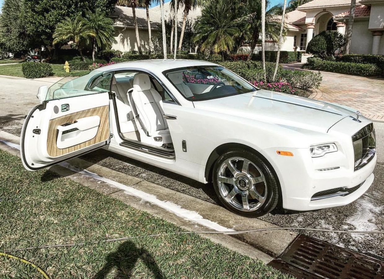 Picture of 2017 Rolls-Royce Wraith Base