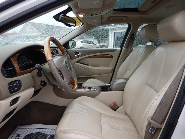 2004 jaguar x type interior