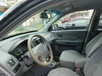 Picture of 2005 Hyundai Tucson GL 2WD, interior