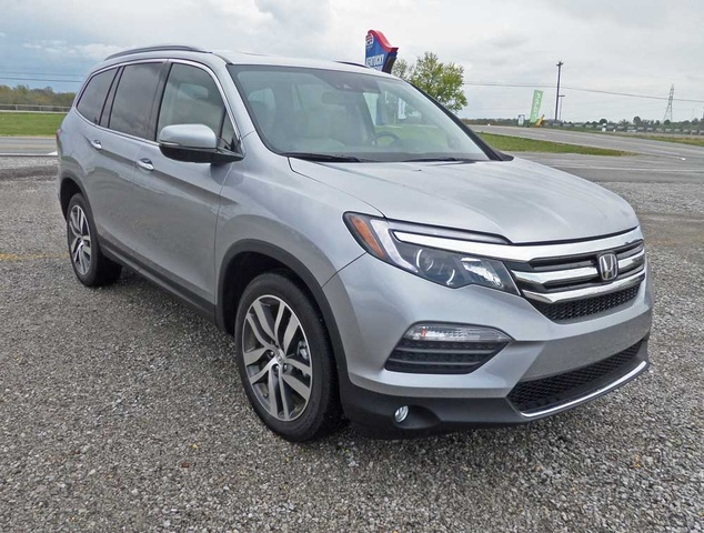 Picture Of 2017 Honda Pilot Elite AWD