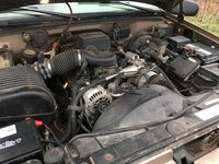 Picture of 1996 GMC Suburban K1500 4WD, engine, gallery_worthy