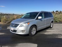 Picture of 2012 Volkswagen Routan SE w/ RSE and Nav, exterior
