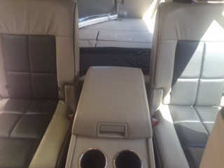 Lincoln Navigator Questions 2nd Row Center Seat 2010