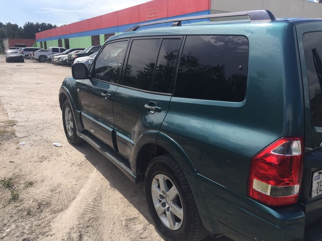 Picture of 2005 Mitsubishi Montero Limited 4WD, exterior