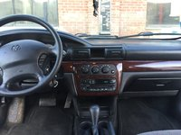 Picture of 2002 Dodge Stratus SE, interior