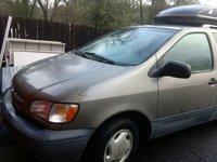 Picture of 1999 Toyota Sienna 4 Dr LE Passenger Van, exterior