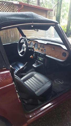 Picture of 1972 Triumph TR6, interior