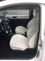 Picture of 2008 Volkswagen Beetle Triple White
