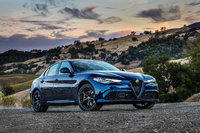 Picture of 2017 Alfa Romeo Giulia Ti RWD, gallery_worthy