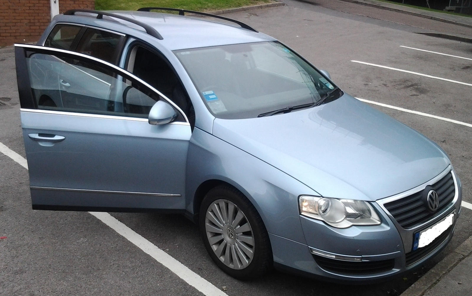 Volkswagen Passat Questions - How many filters does a 2009 Passat wagon 2.0  TDI have - CarGurus