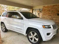 Picture of 2016 Jeep Grand Cherokee Overland, exterior