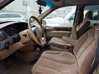 Picture of 1998 Chrysler Town & Country LX, interior