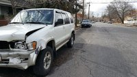 Picture of 2000 Isuzu Trooper 4 Dr S 4WD SUV