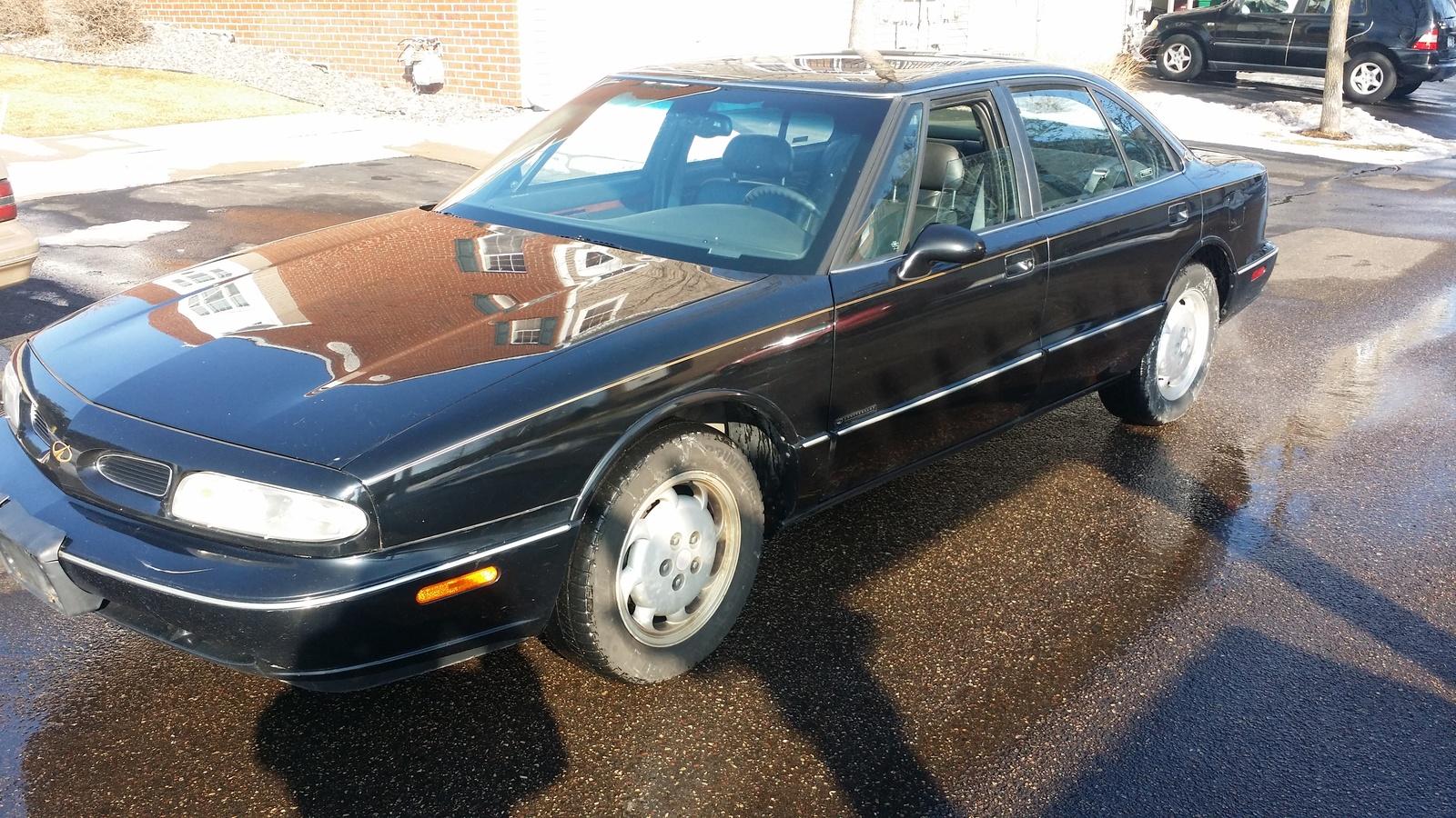 oldsmobile 88 1998 fuse box location deh