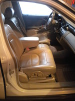 Picture of 2005 Cadillac DeVille Base