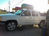 Picture of 2005 Chevrolet Avalanche 1500 LT