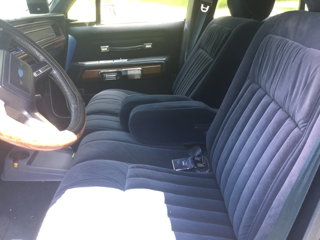 Picture of 1989 Ford LTD Crown Victoria 4 Dr LX Sedan, interior, gallery_worthy