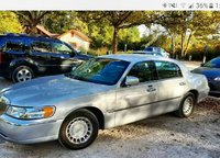 Picture of 2001 Lincoln Town Car Executive, exterior