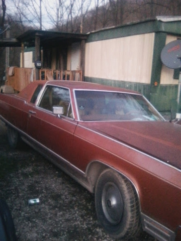 Picture of 1977 Lincoln Continental