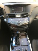 Picture of 2016 INFINITI Q70L 5.6, interior